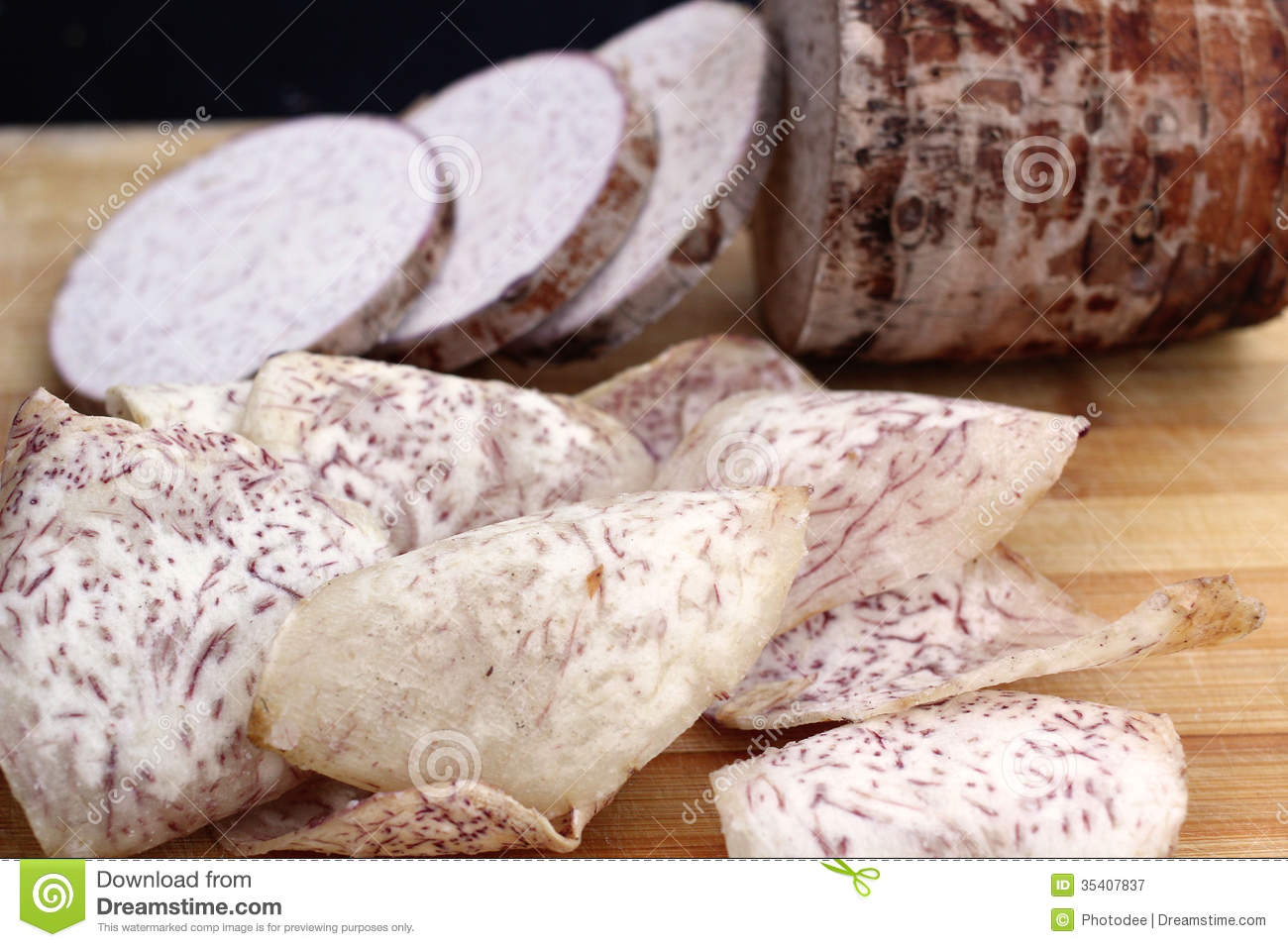 Taro Chips Royalty Free Stock Photography - Image: 35407837