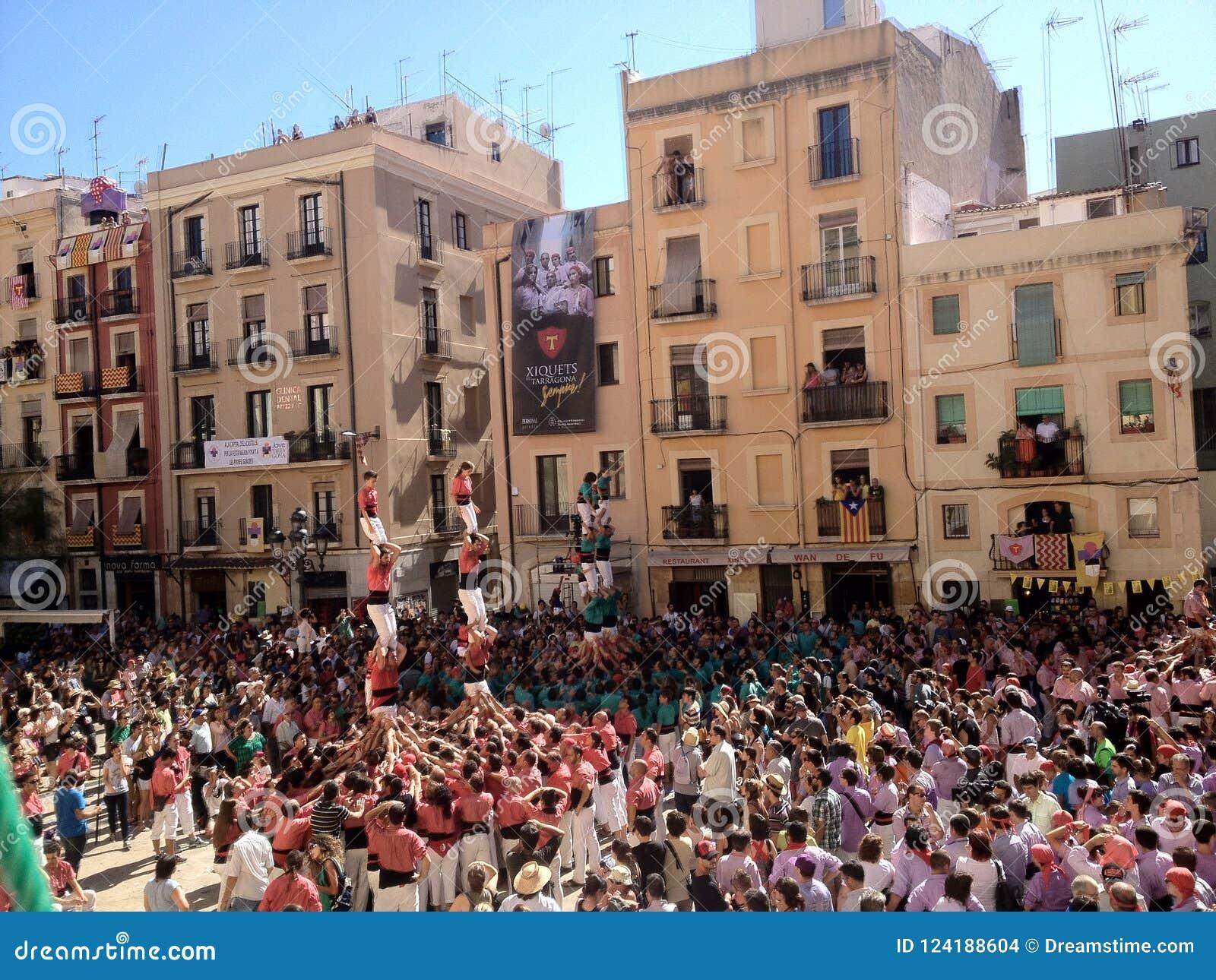 Tarragona, Spanien -?? setptember 16, 2012: traditionelles menschliches Schleppseil