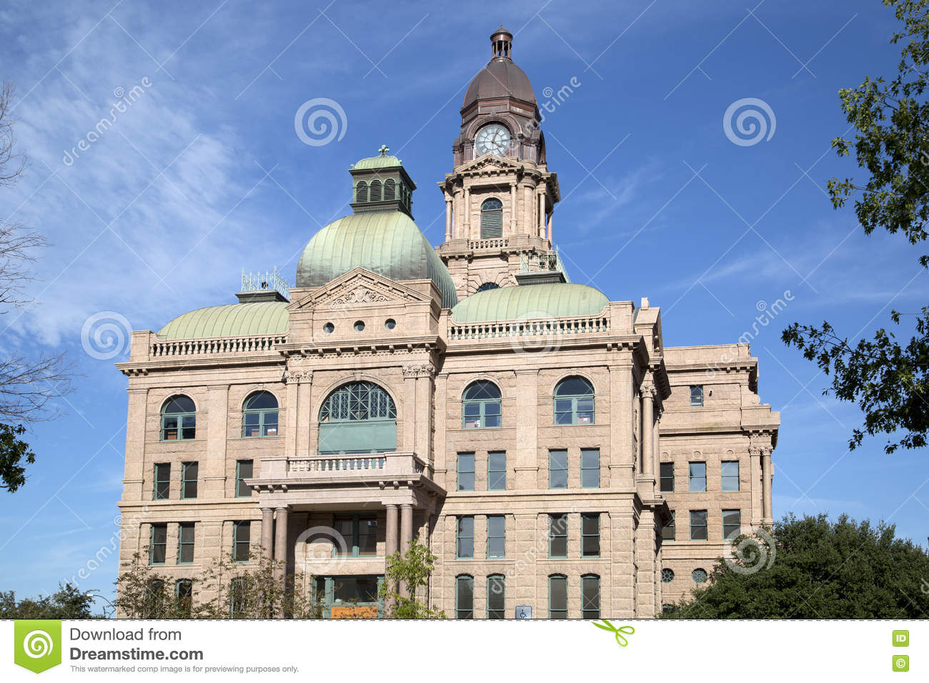 Tarrant County Courthouse in Fort Worth