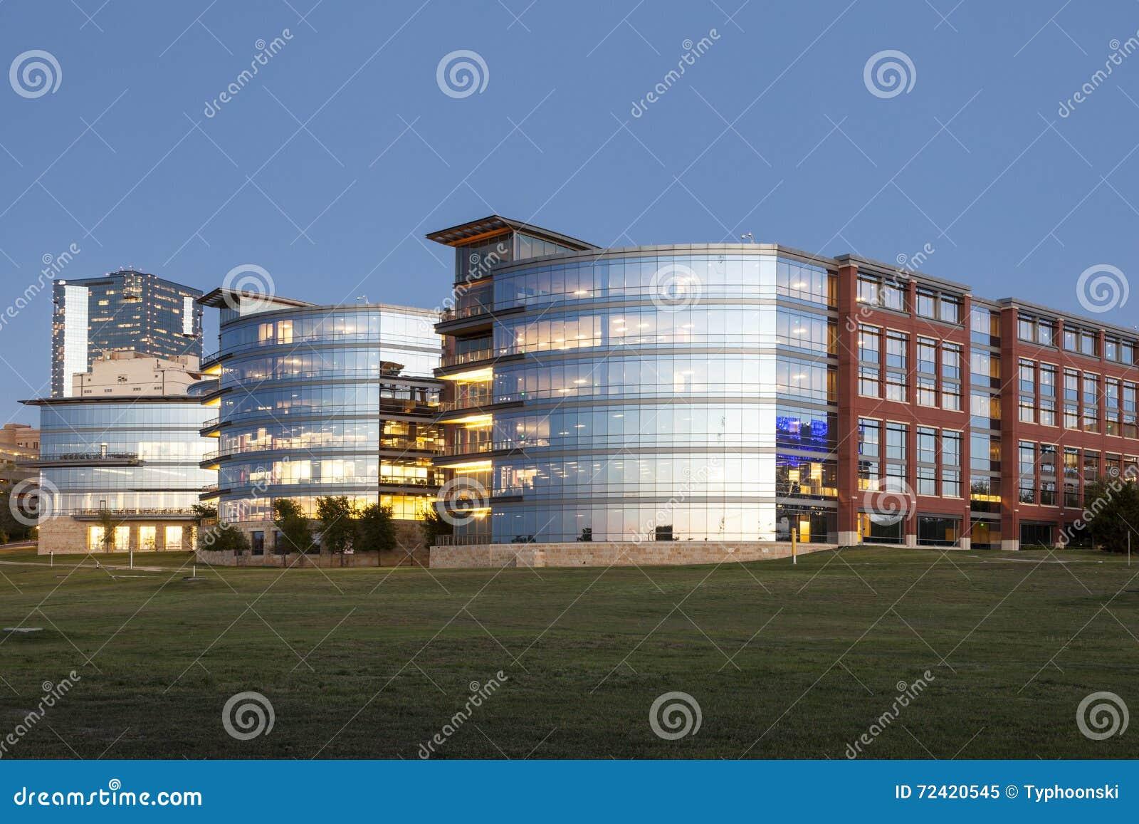 Tarrant County högskola på skymning Fort Worth Tx, USA