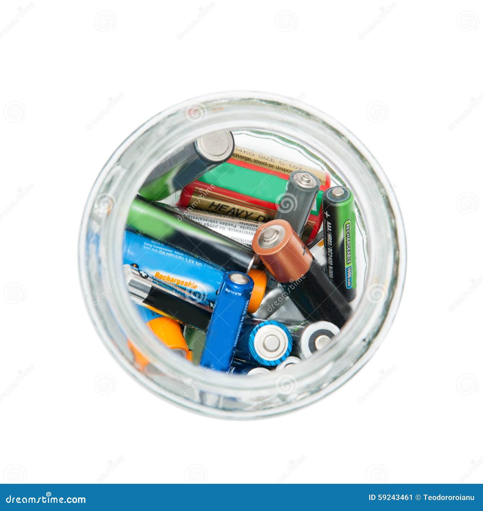 Download Tarro de baterías usado imagen de archivo. Imagen de cargador - 59243461