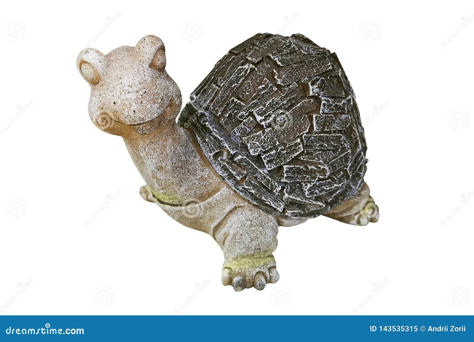 Tartaruga cerâmica isolada no fundo branco Estátua de uma tartaruga para decorar o jardim isolado no fundo branco