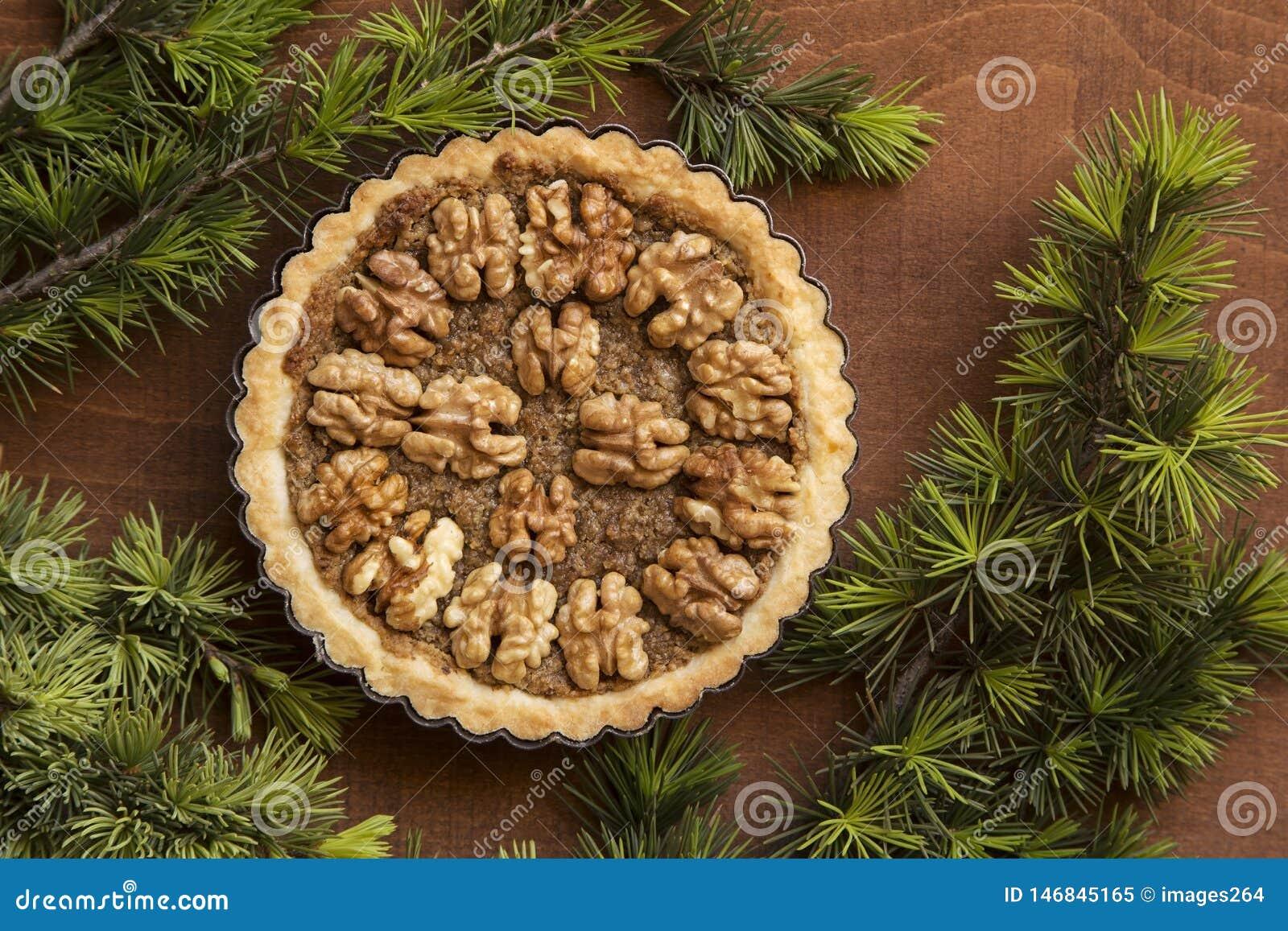 Tarte Nuts