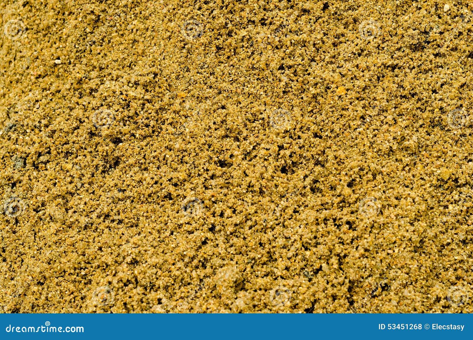 tas du sable humide jaune de construction photo stock image 53451268. Black Bedroom Furniture Sets. Home Design Ideas