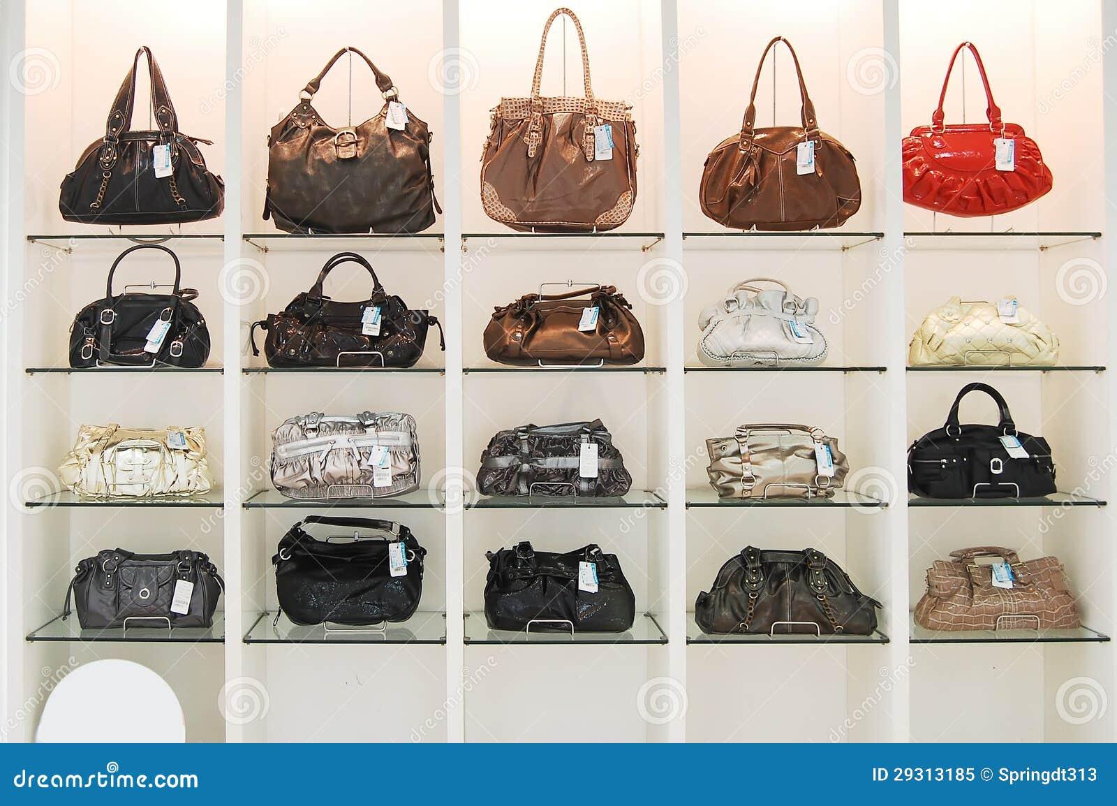 Taschen im Speicher stockbild. Bild von dekoration, bunt - 29313185