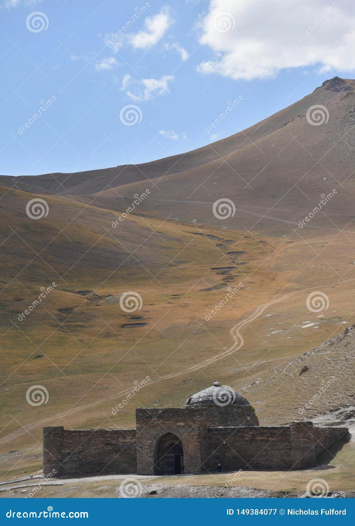 Tash Рабат Caravanseri в Кыргызстан