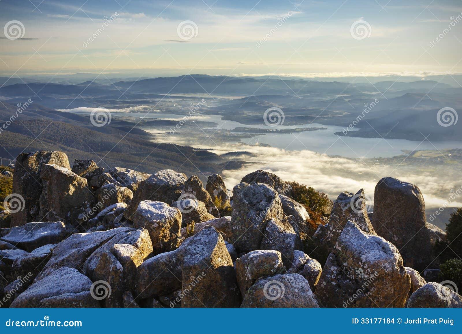 Tasmanian Landscape Stock Images - Image: 33177184