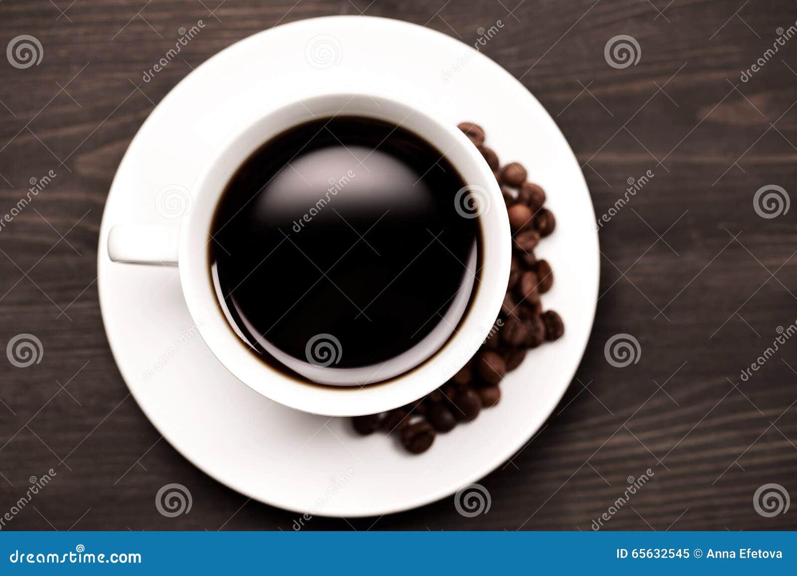 Tasse de café blanche, vue supérieure