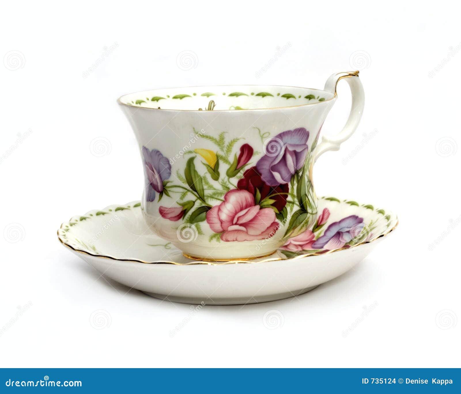 Tasse de thé et soucoupe avec les becs d ancre doux