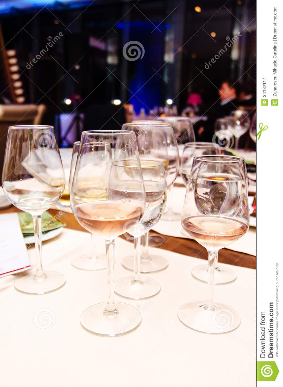 How to Write a Business Plan for a Wine Bar