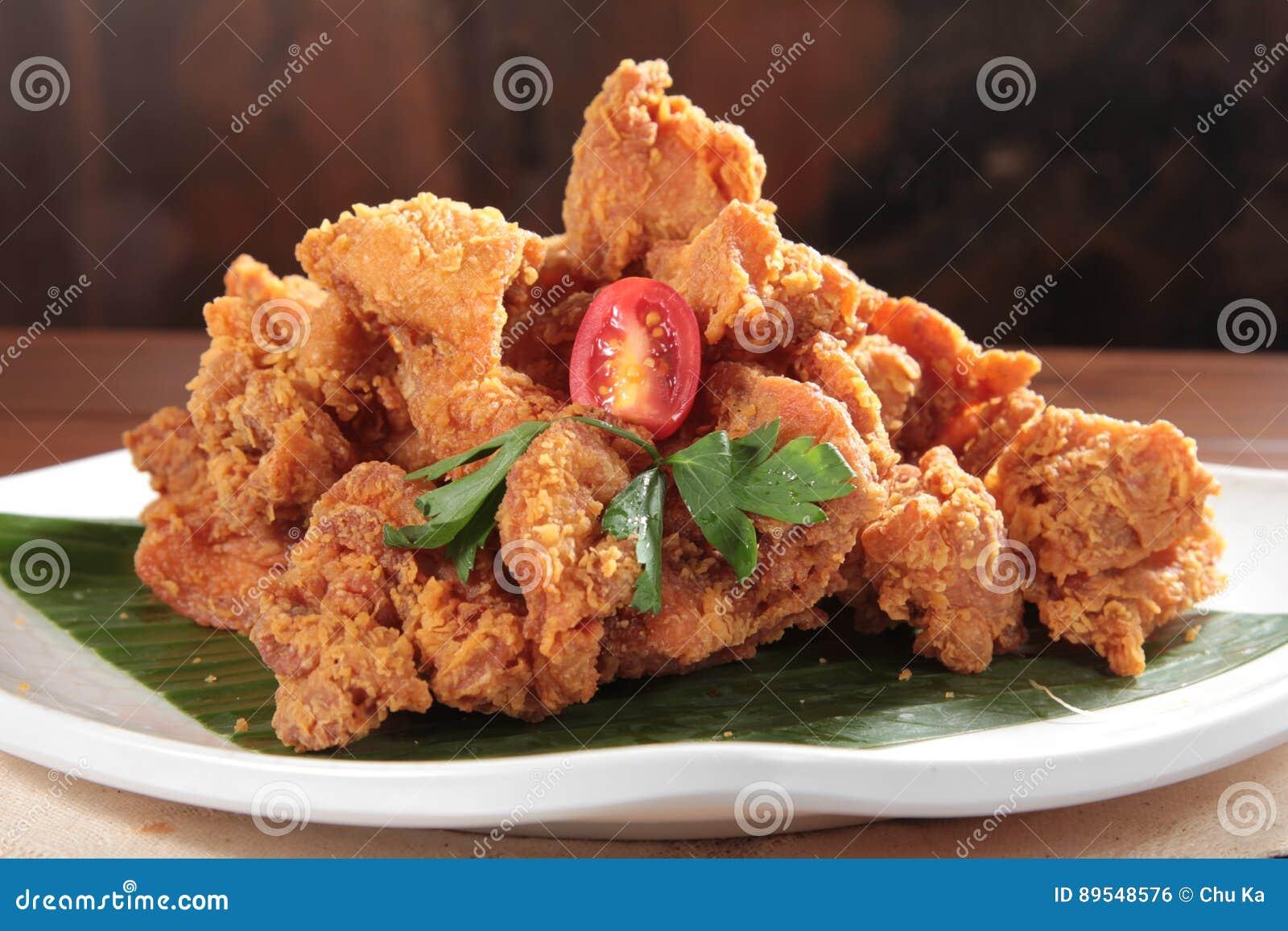 A tasty cuisine photo of deep fried chicken
