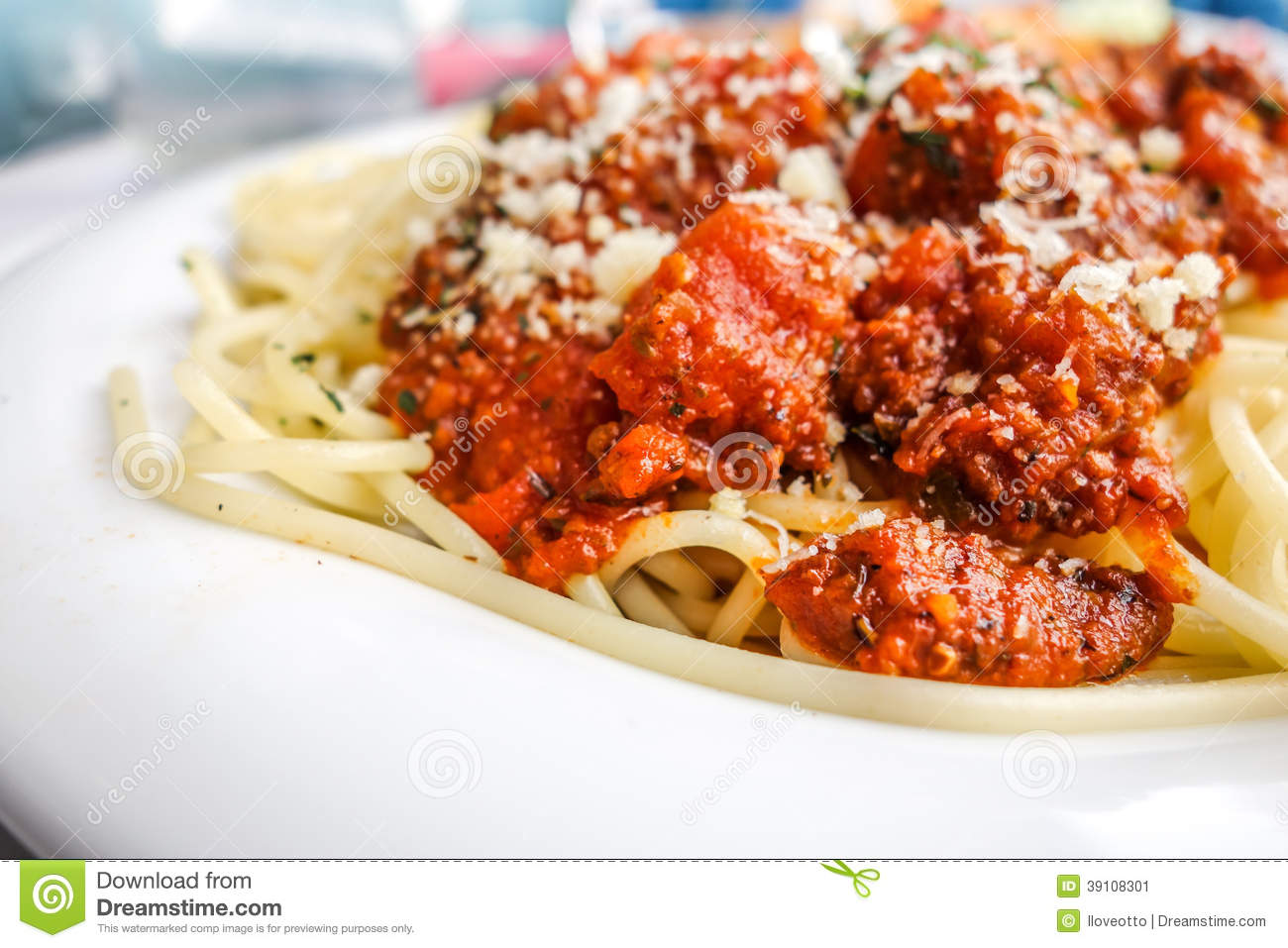 Tasty Pasta-Italian Meat Sauce Pasta Stock Photo - Image: 39108301