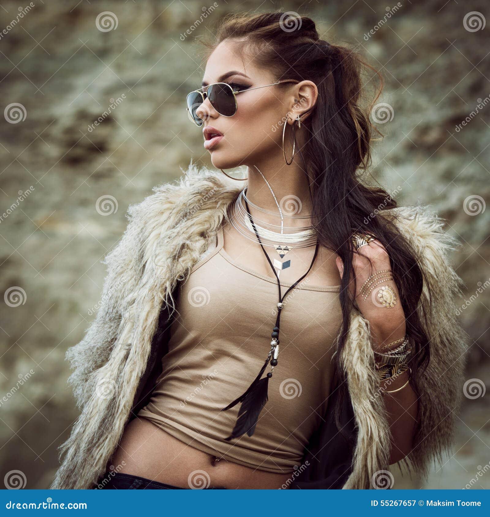 Tatouages de manteau de fourrure et d instantané