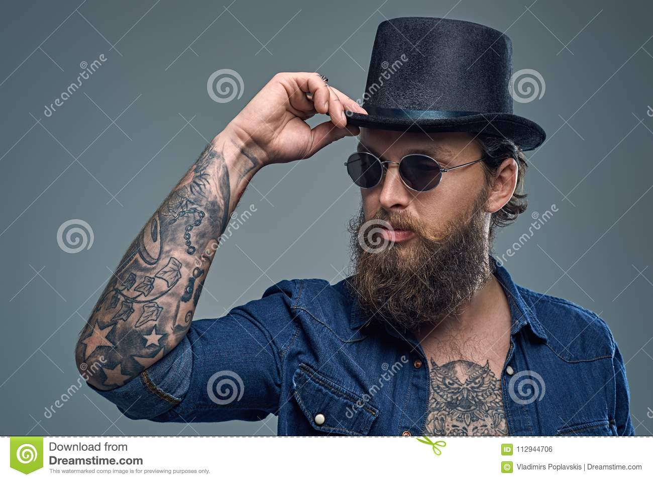 Tattooed Bearded Male In Sunglasses And Top Hat. Stock Photo - Image ... 97ac90a1008