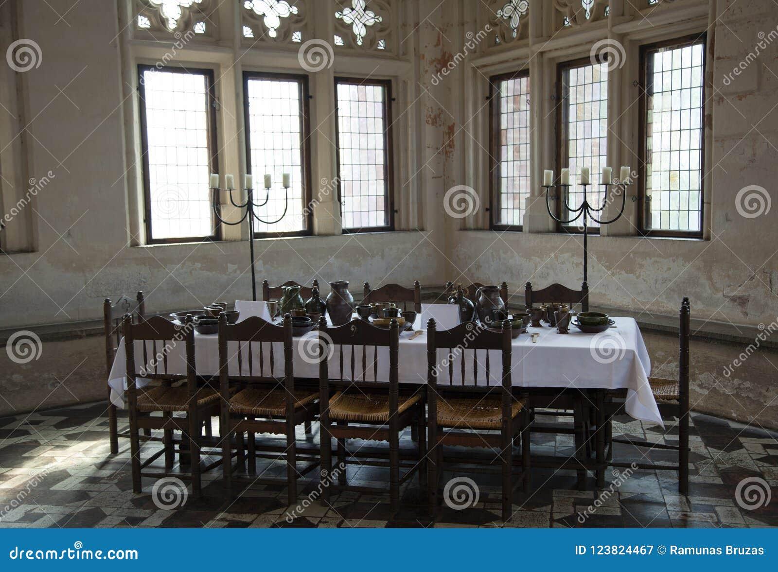 tavoli da cucina mediovali
