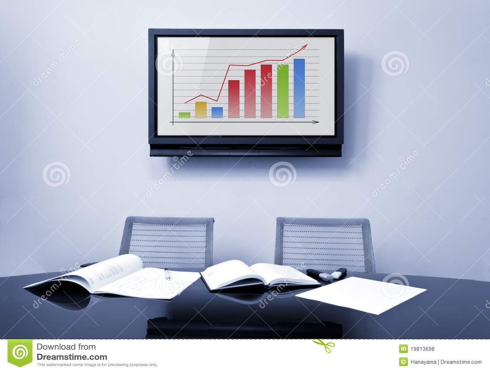 Tavolo Di Ufficio : Tavolo di riunione allufficio fotografia stock immagine di
