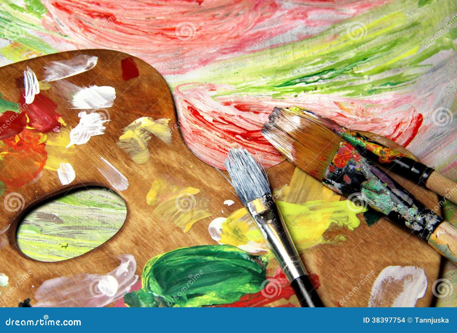 Tavolozza pennelli ed immagine di arte con i fiori - Immagine di terra a colori ...