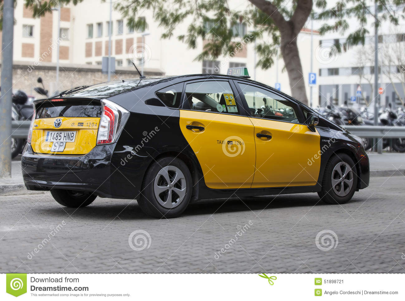 Taxi in barcelona spain hybrid car editorial photo image 51898721 - Cab in barcelona ...