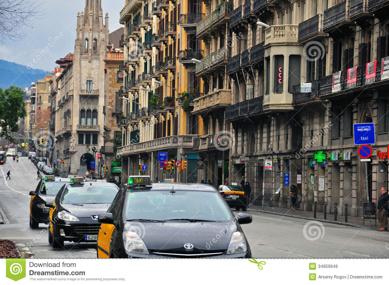 Taxi in barcelona editorial stock image image of vehicle 34959949 - Cab in barcelona ...