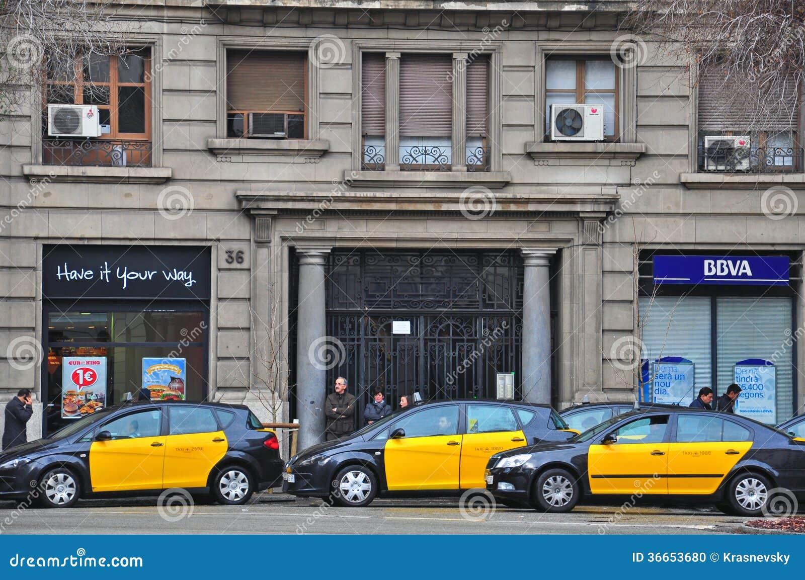 taxi de barcelone image ditorial image 36653680. Black Bedroom Furniture Sets. Home Design Ideas