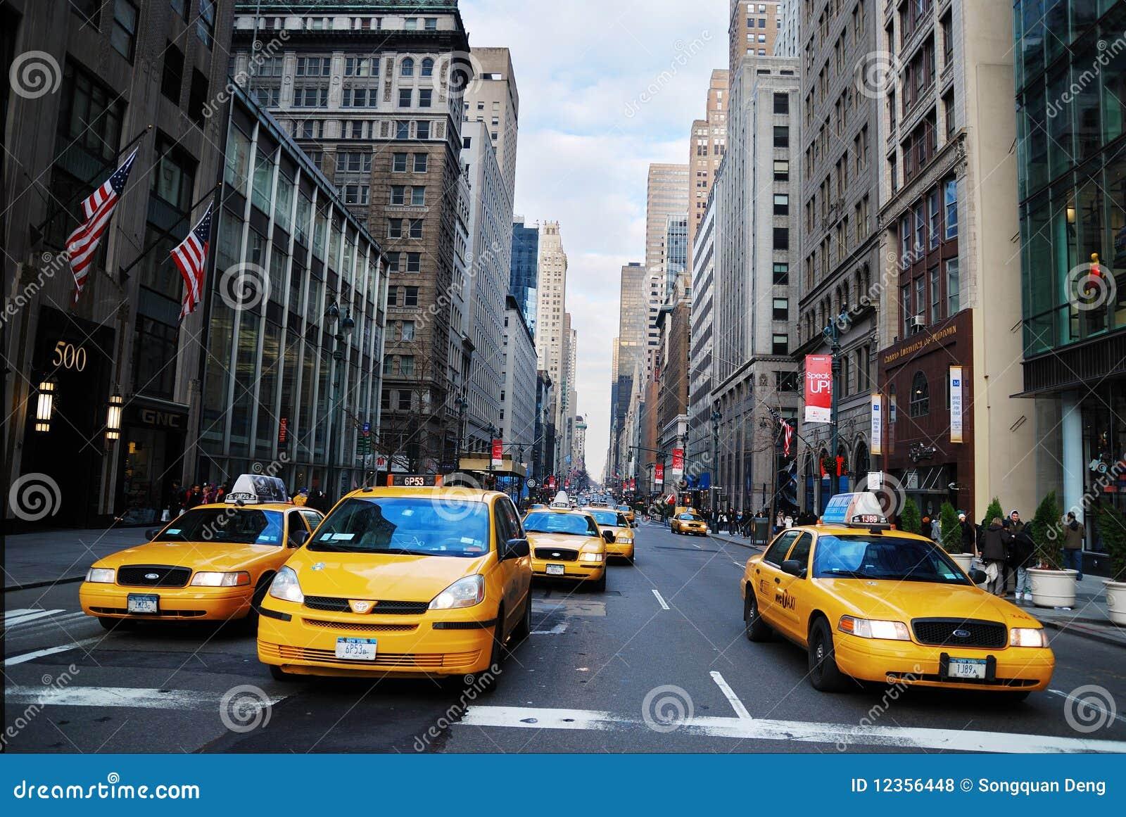 taxi jaune de taxi de new york city photo stock ditorial image du architecture pomme 12356448. Black Bedroom Furniture Sets. Home Design Ideas