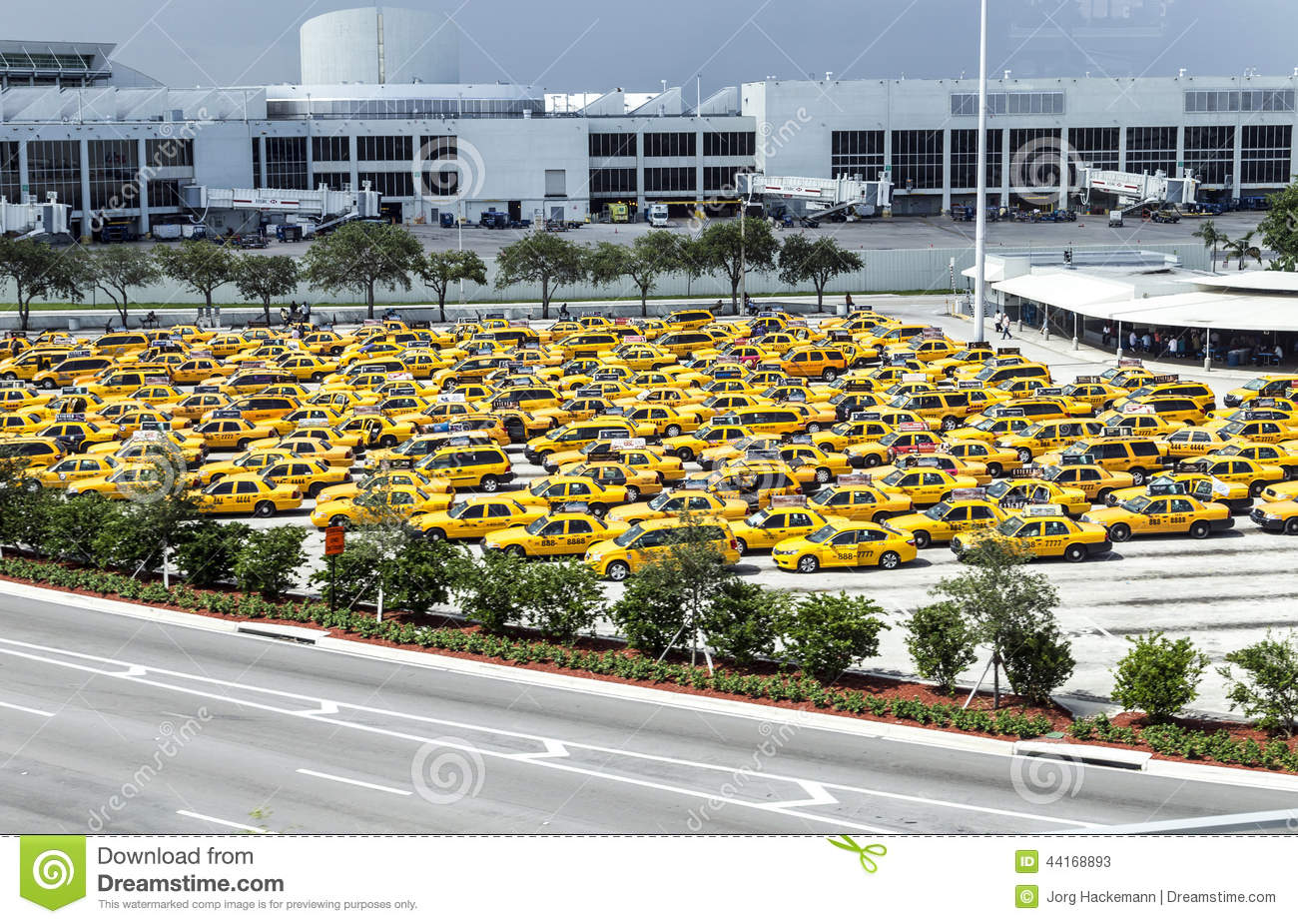 Miami International Airport Taxi To South Beach