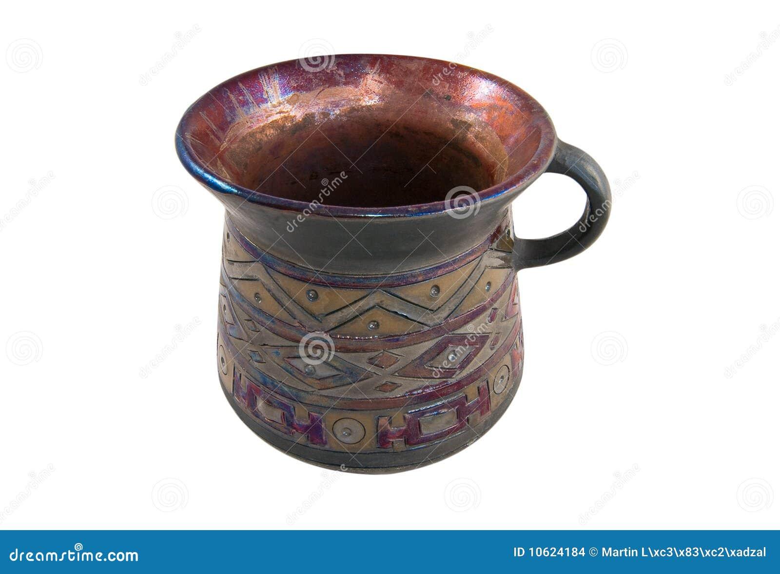 Tazón de fuente con el ornamento