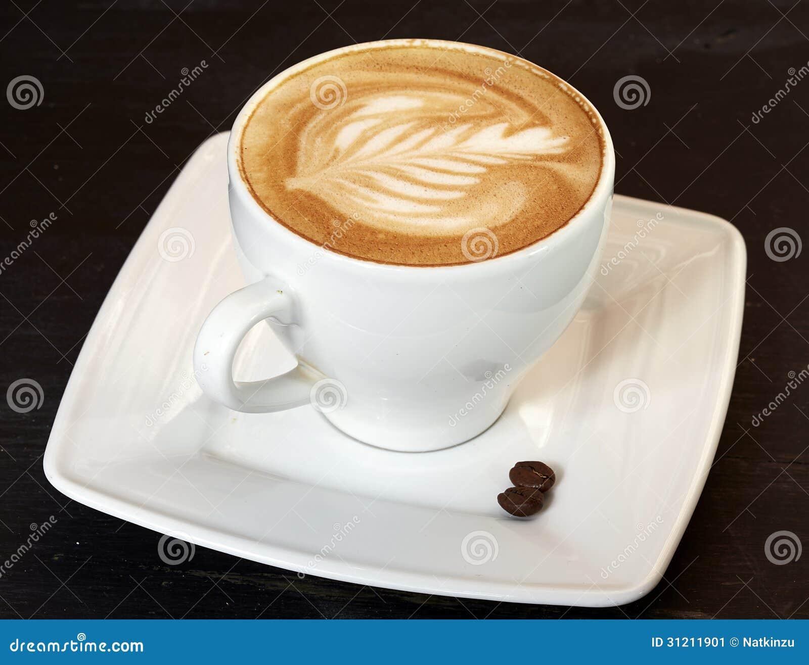 Taza de capuchino imagen de archivo imagen 31211901 for Taza de cafe con leche