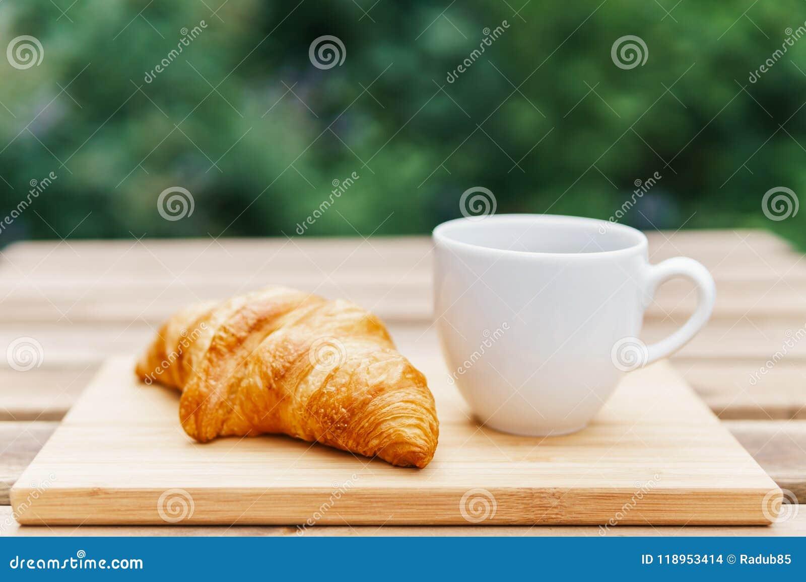 tazze di caffè verde francese