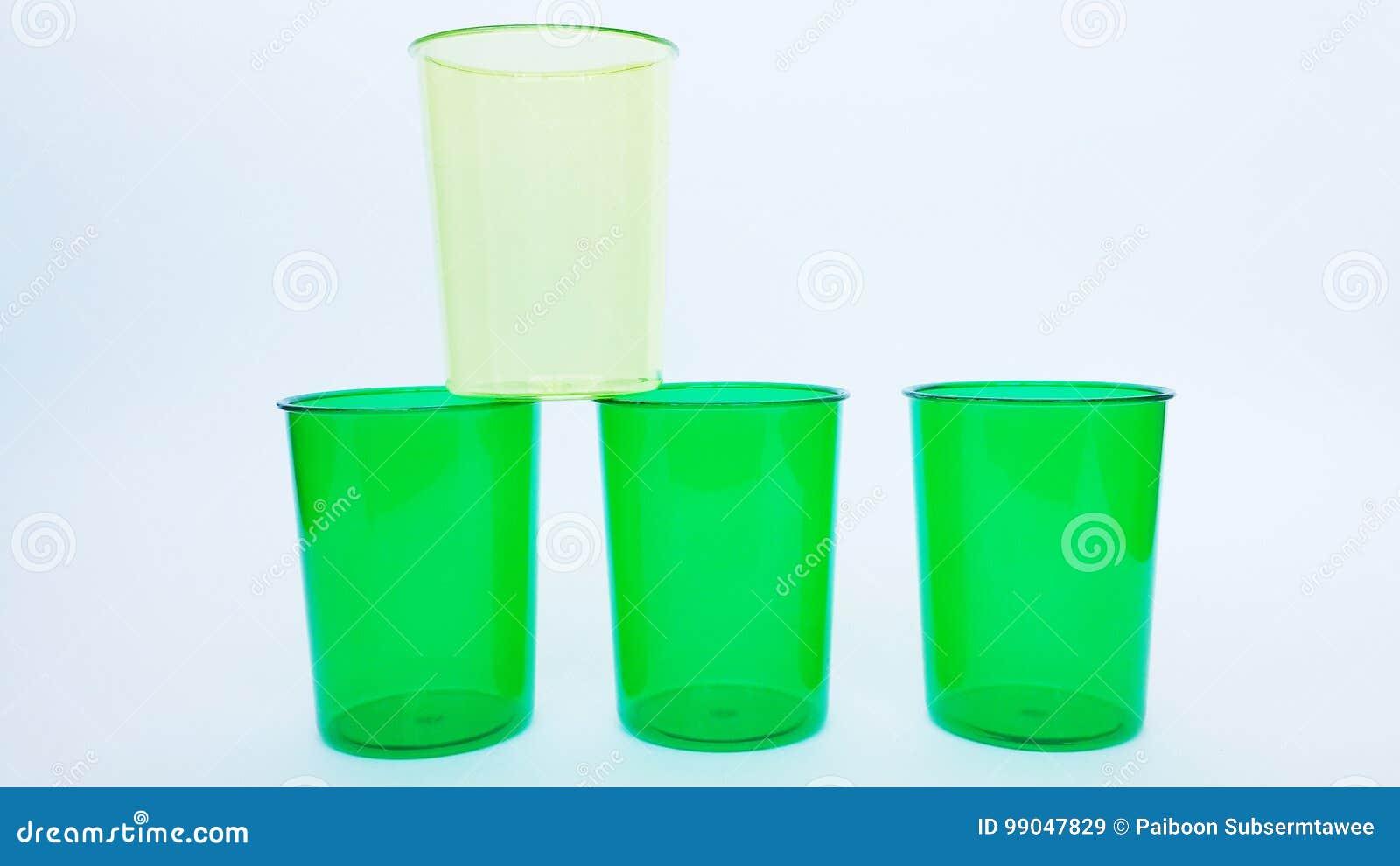 4 tazze e tazze di specie