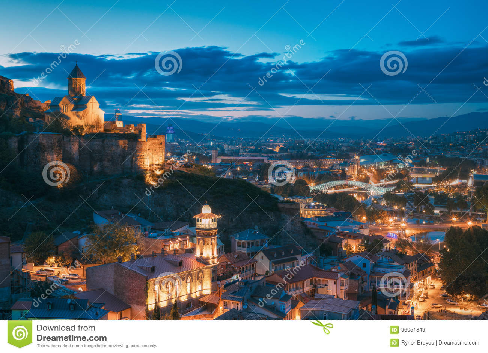 Tbilisi, la Géorgie Église de ` antique de forteresse et de Saint-Nicolas de Narikala