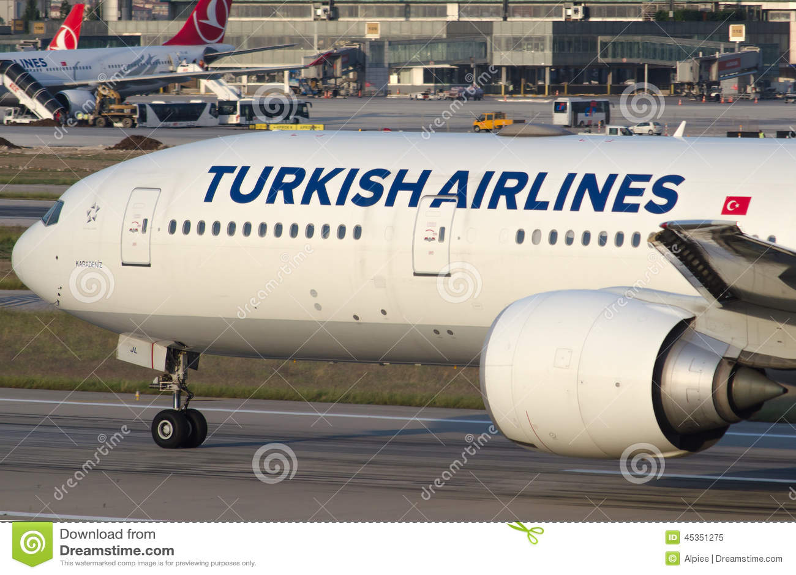 TC-JJL Turkish Airlines Boeing 777-3F2ER KARADENIZ