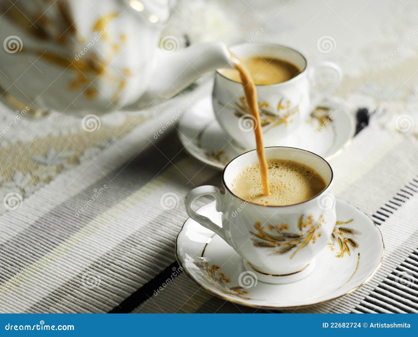 Tea Pour Stock Images Image 22682724