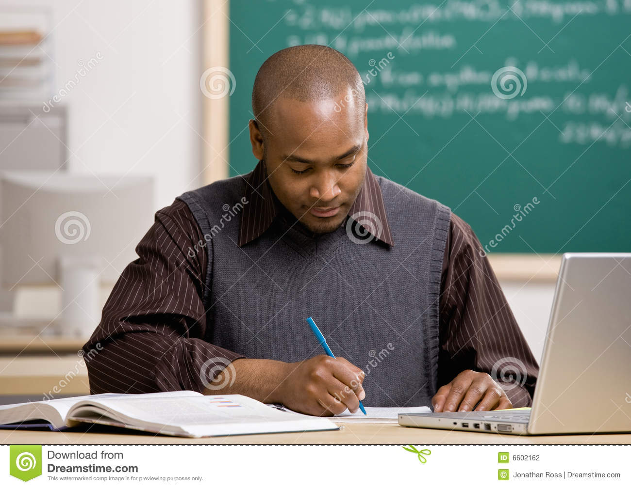 Essay teacher