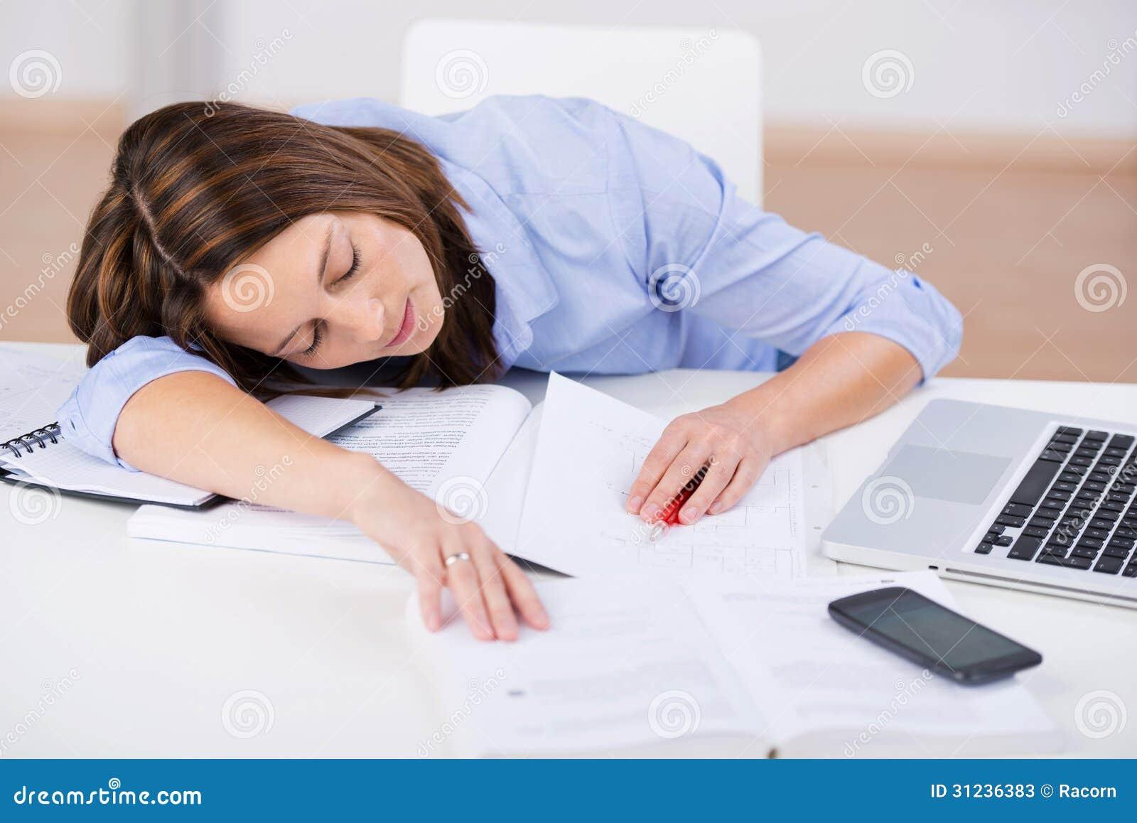 funny students in classroom sleeping