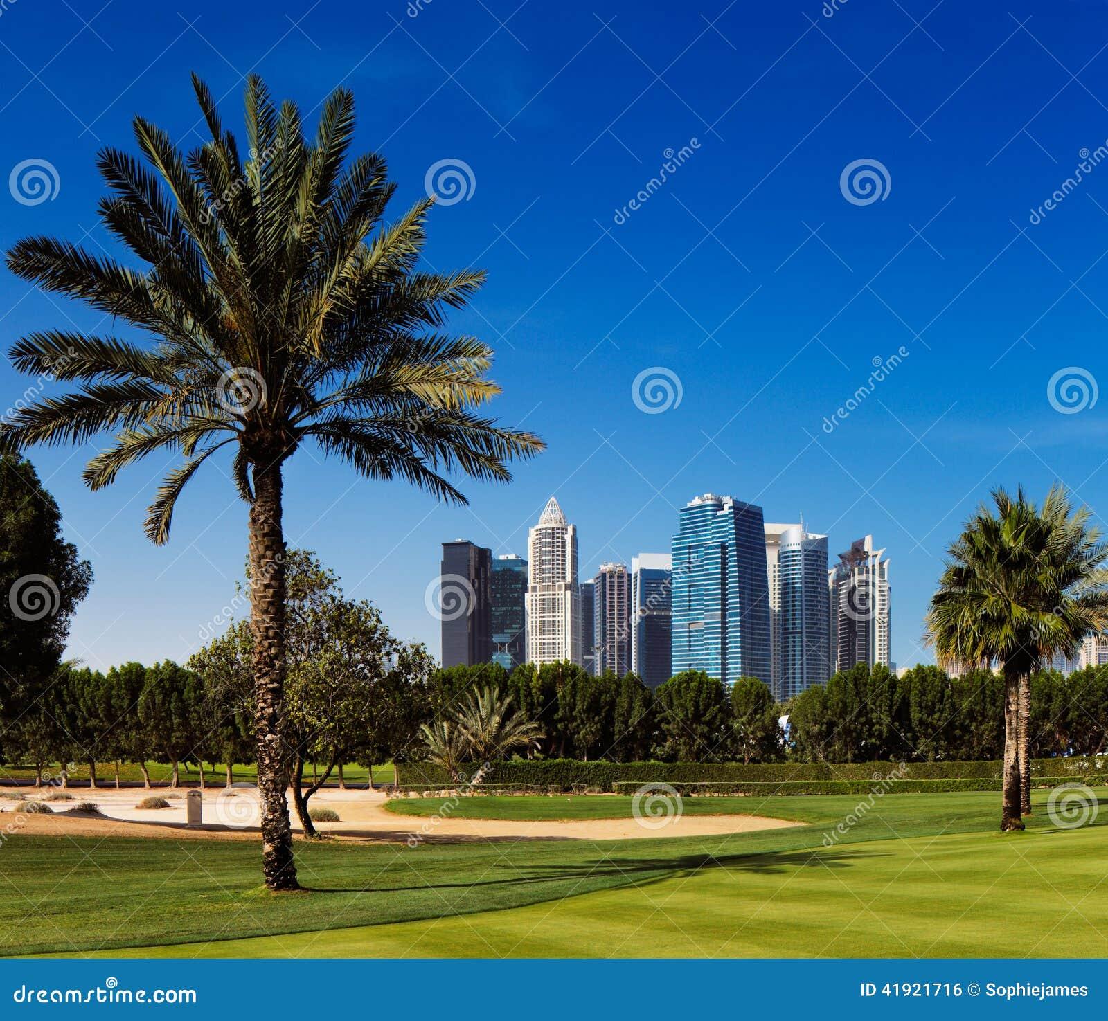 Teacom es un área desarrollada recientemente de Dubai, UAE