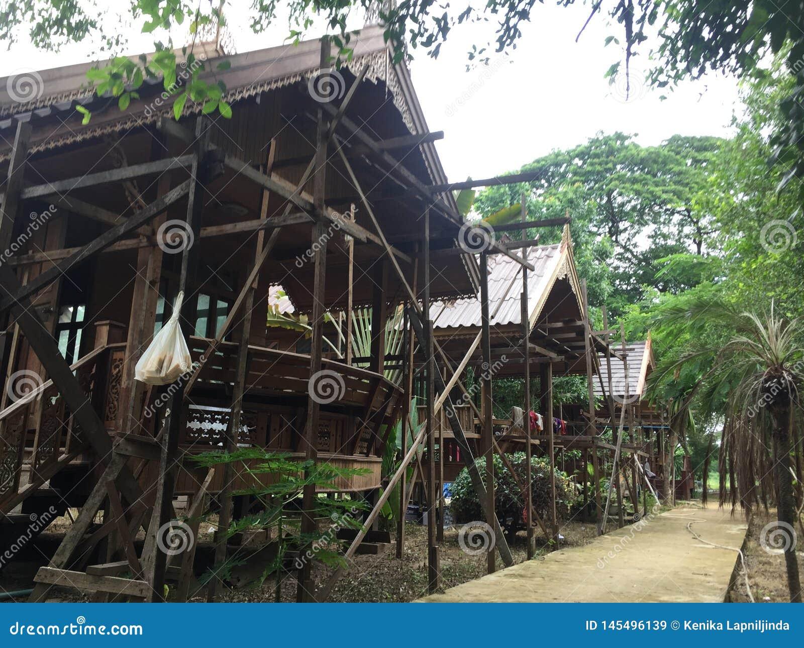 Under Construction For Thai House For The Little Resort