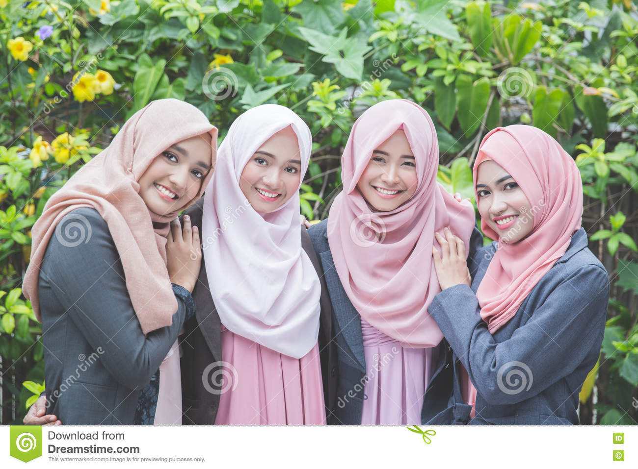 agency muslim single women Casting call for muslim women  a single mother,  will a muslim fashion agency contribute to a better and more holistic perception of hijab.