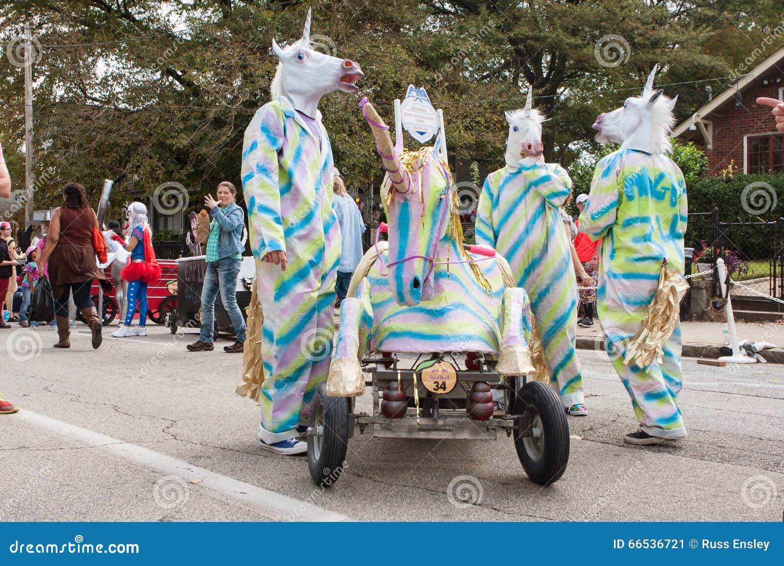 Red Bull Soap Box Derby >> Team Dressed Like Unicorns Awaits Run At Soap Box Derby Editorial Photo - Image of creativity ...