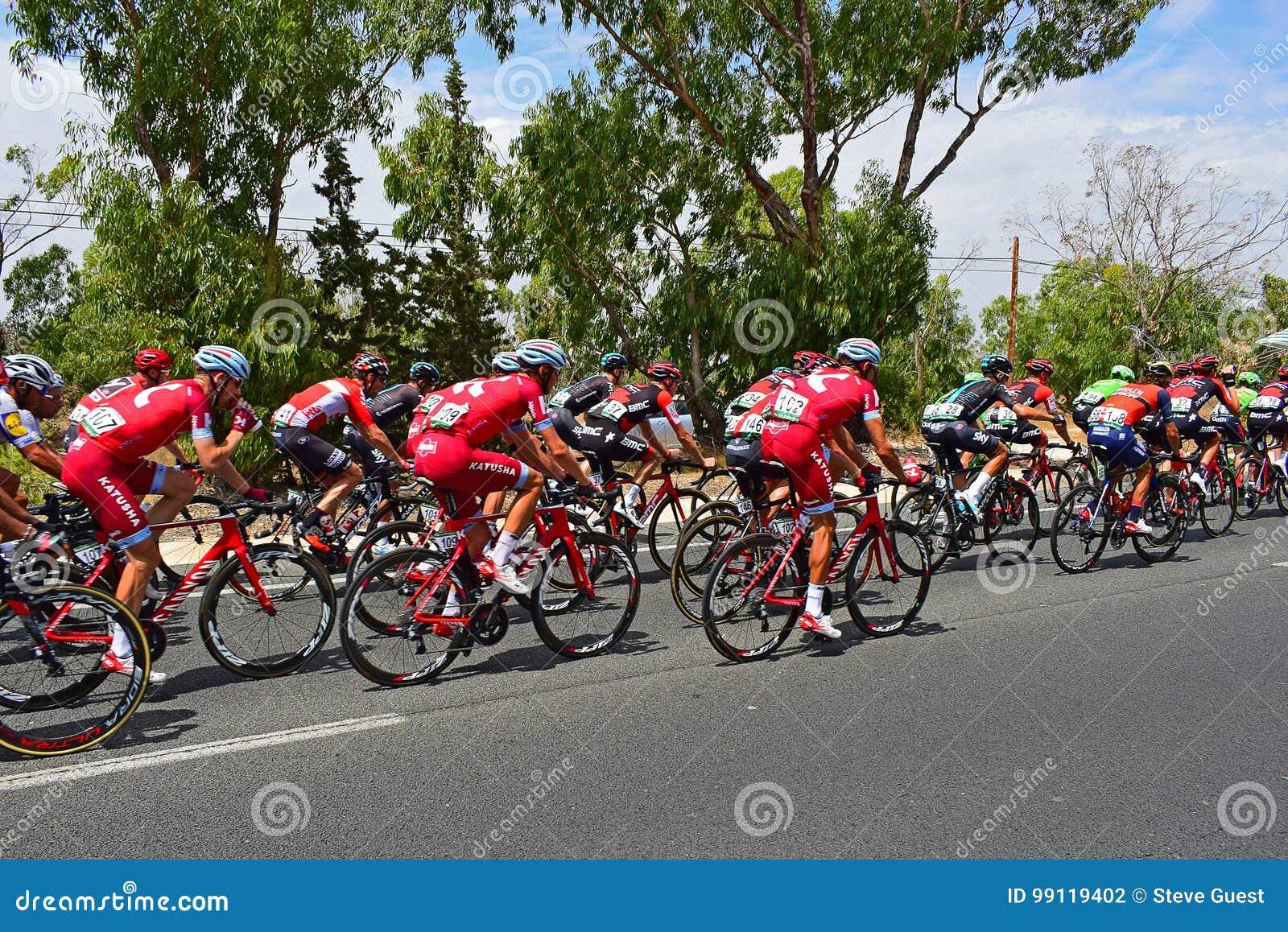 Team katusha Alpecine im Peleton-La Vuelta España