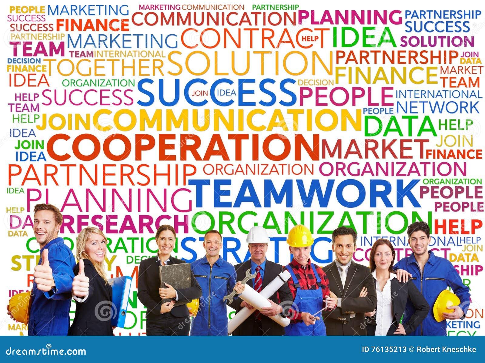 Teamworketikettsmoln med olika arbetare