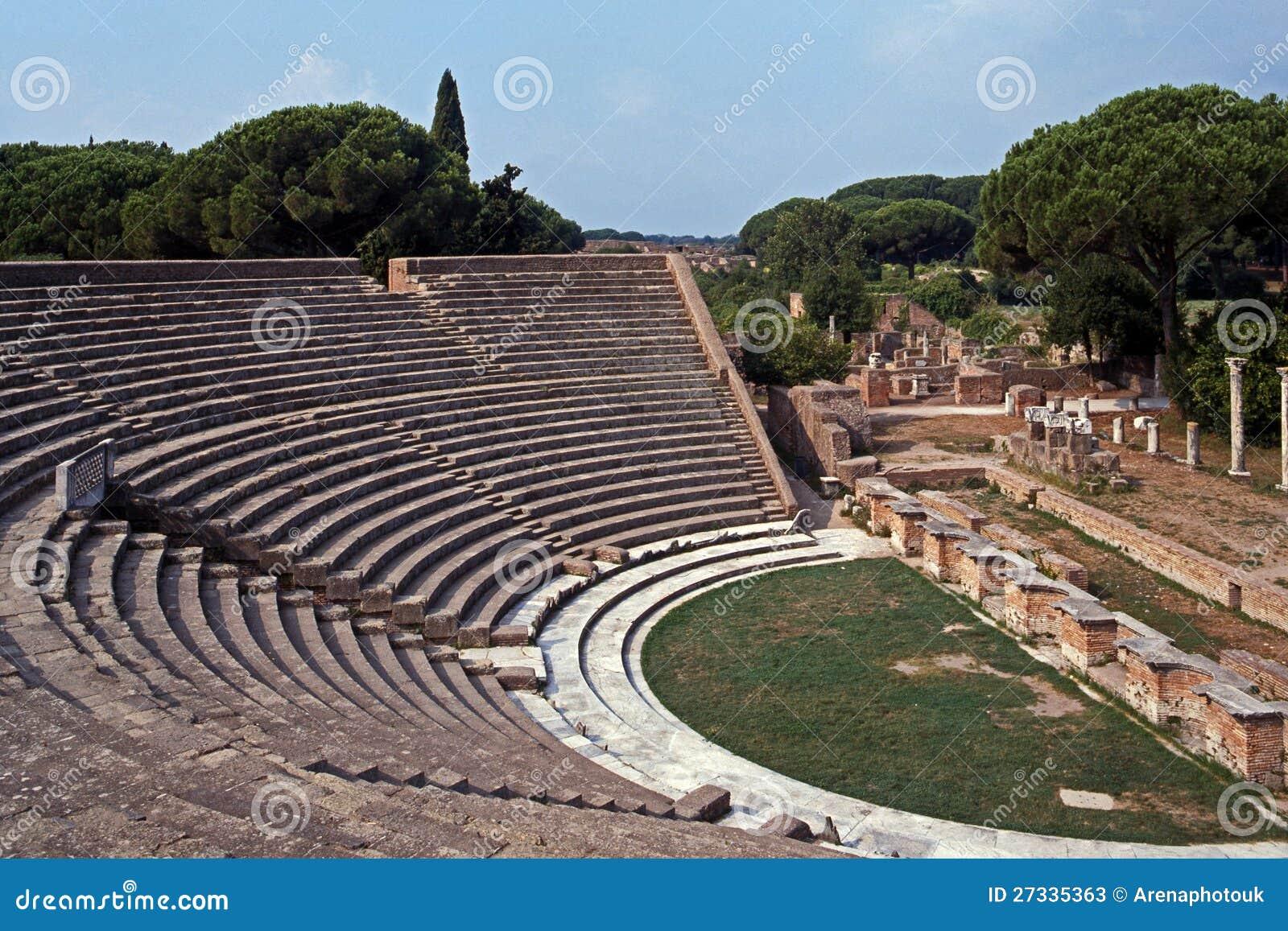 Teatro romano ostia antica roma fotos de archivo for Mr arredamenti ostia antica