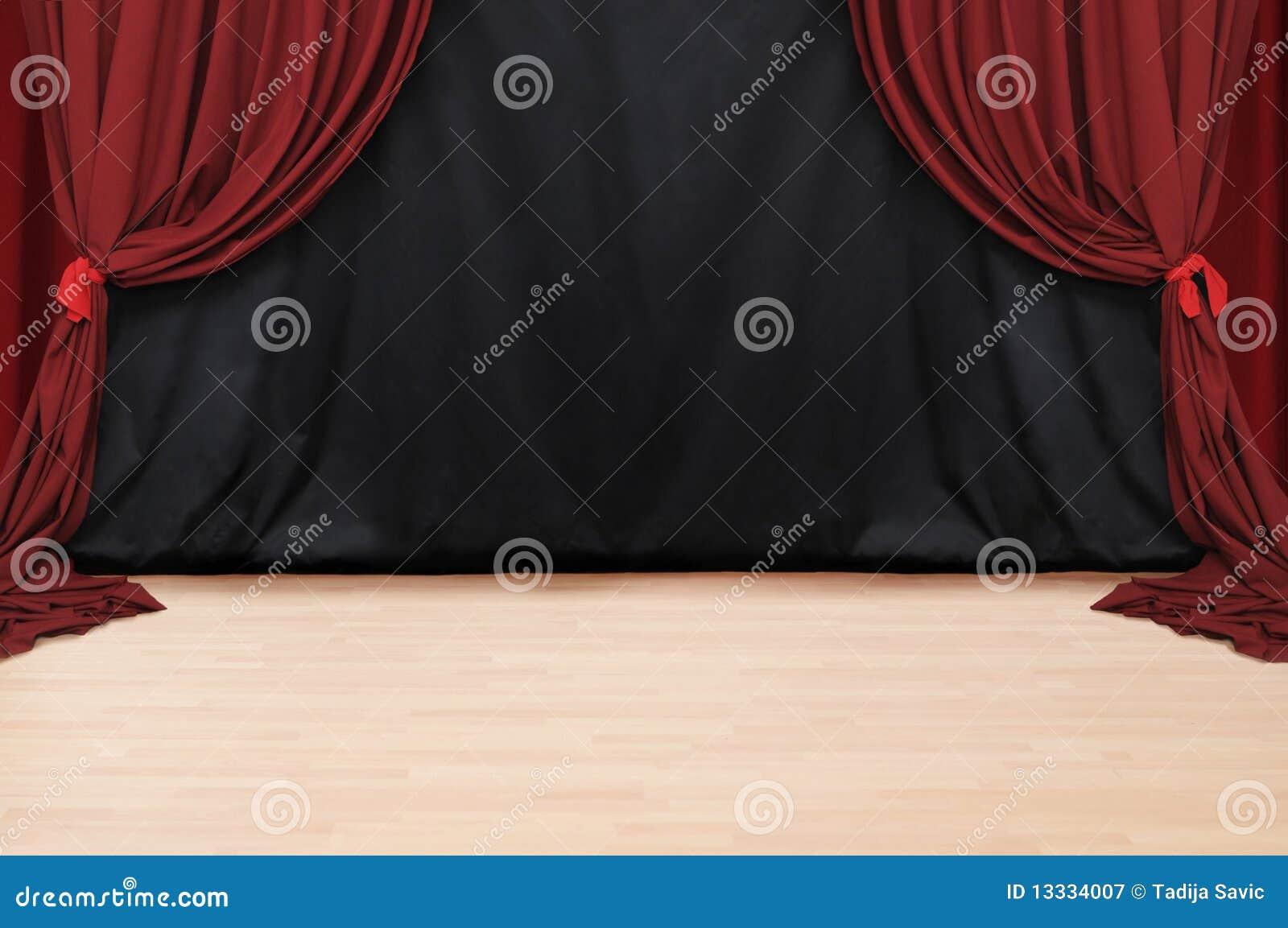 Teatru czerwony aksamit