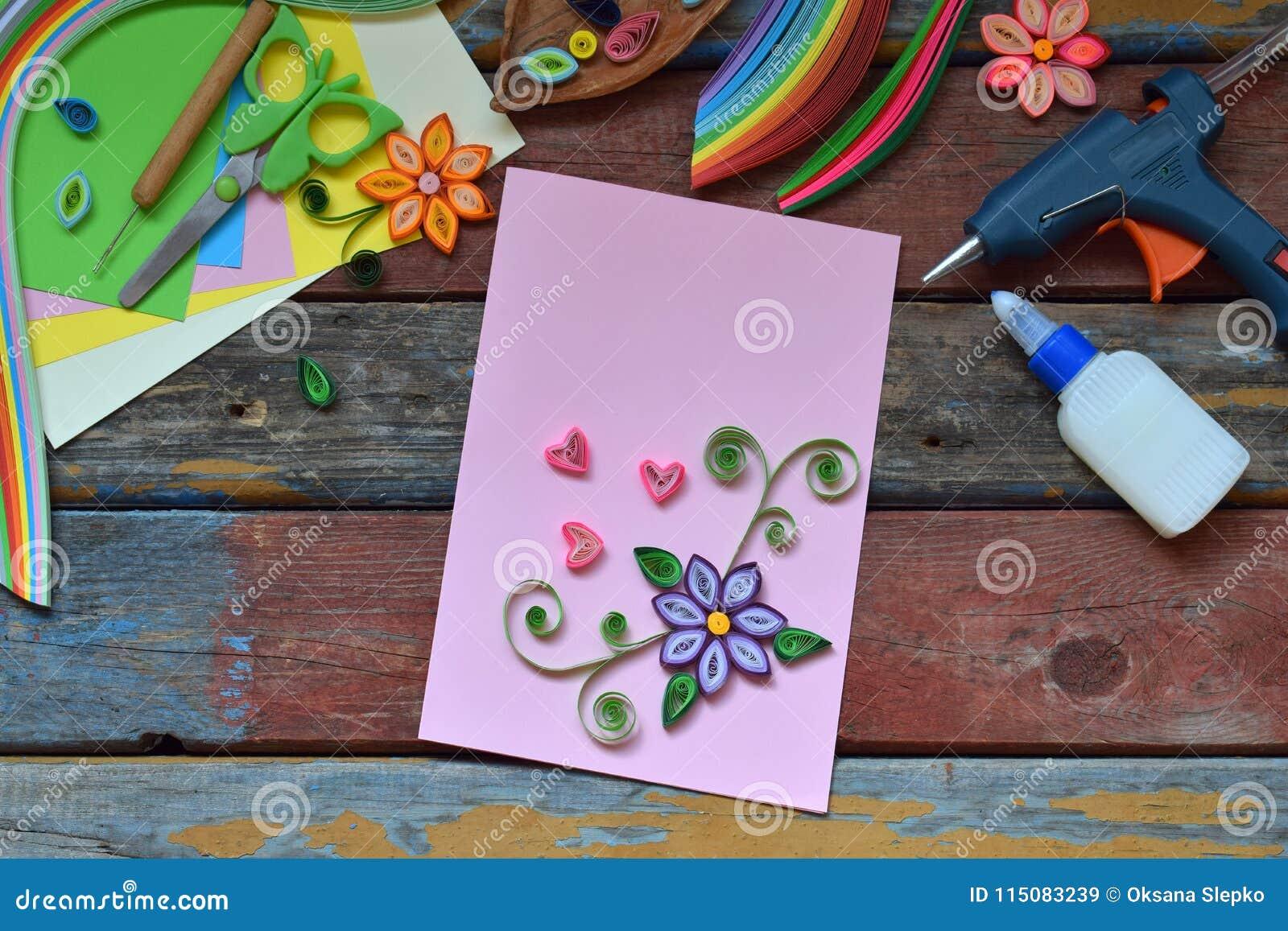 Technique De Quilling Bandes De Papier Fleurs Ciseaux éléments