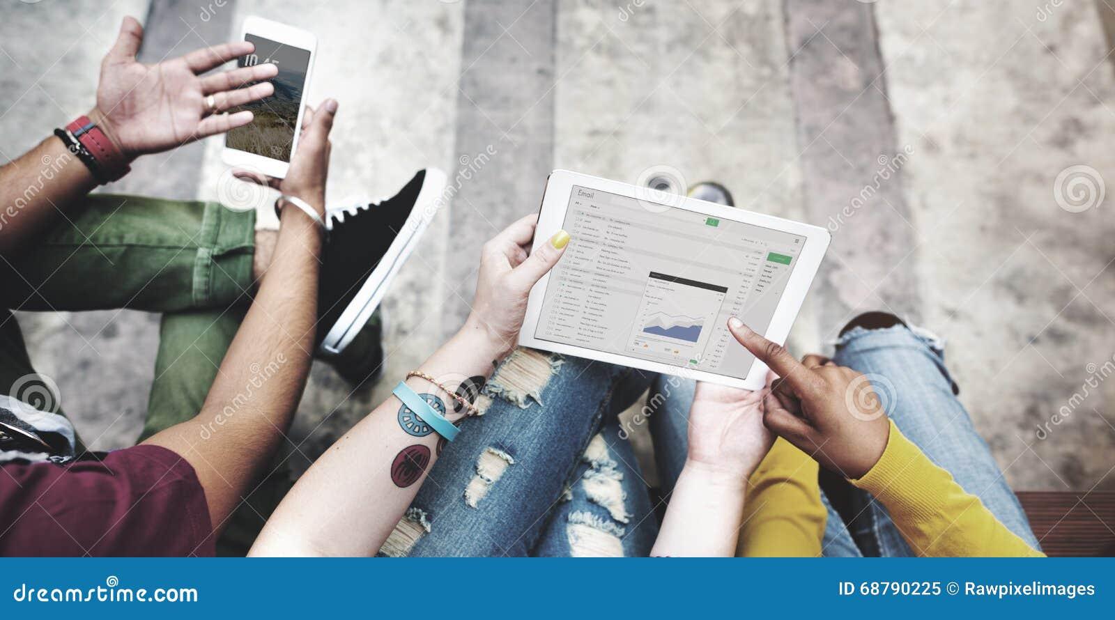 Technologie C de téléphone portable de Tablette de Digital d analyse de coupure d étudiants