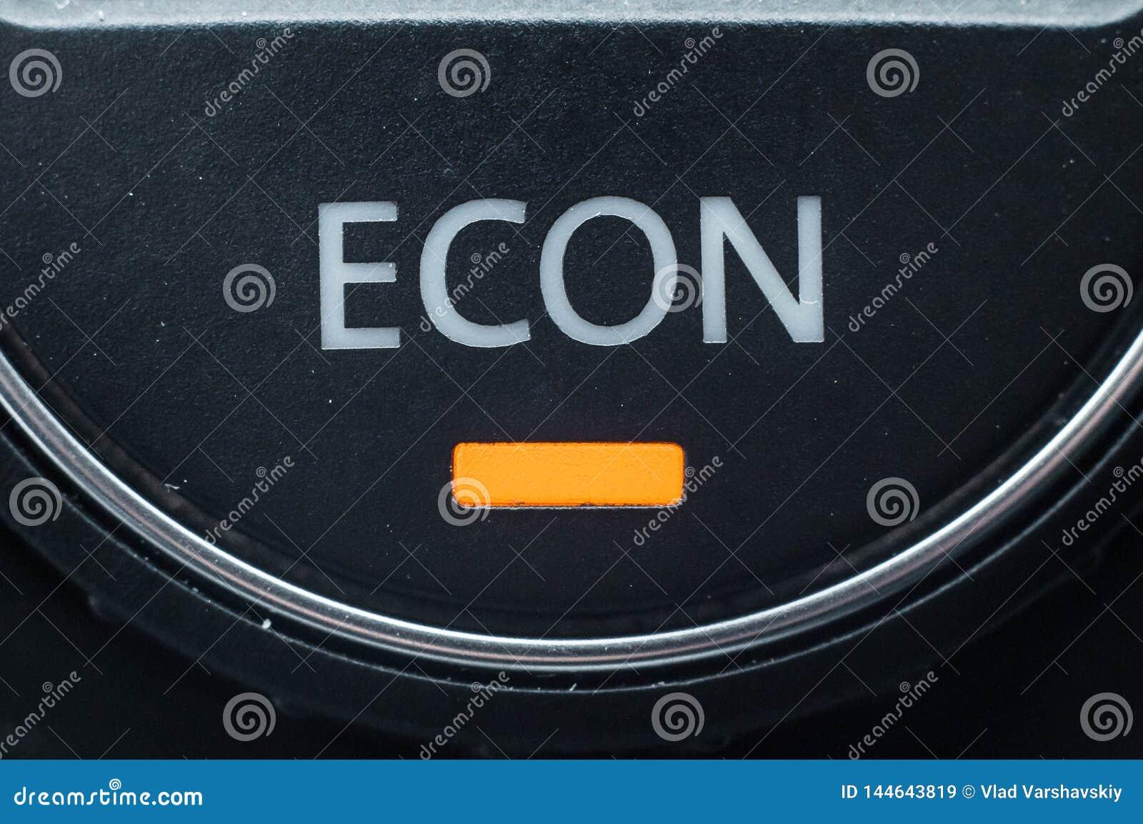 Technologie zmniejszać benzynową odległość w milach oprócz pieniądze i