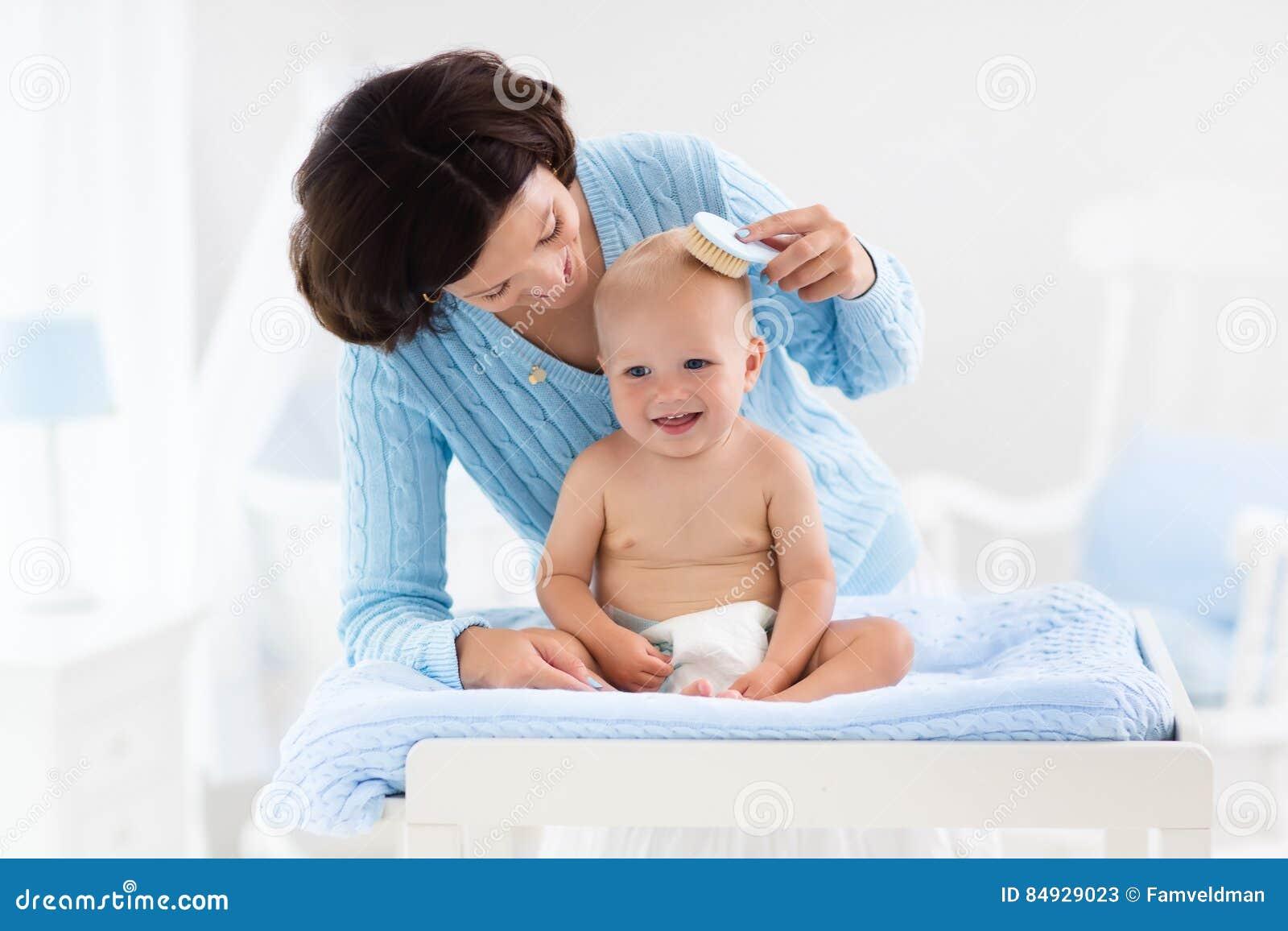 Tecido em mudança da mãe ao bebê