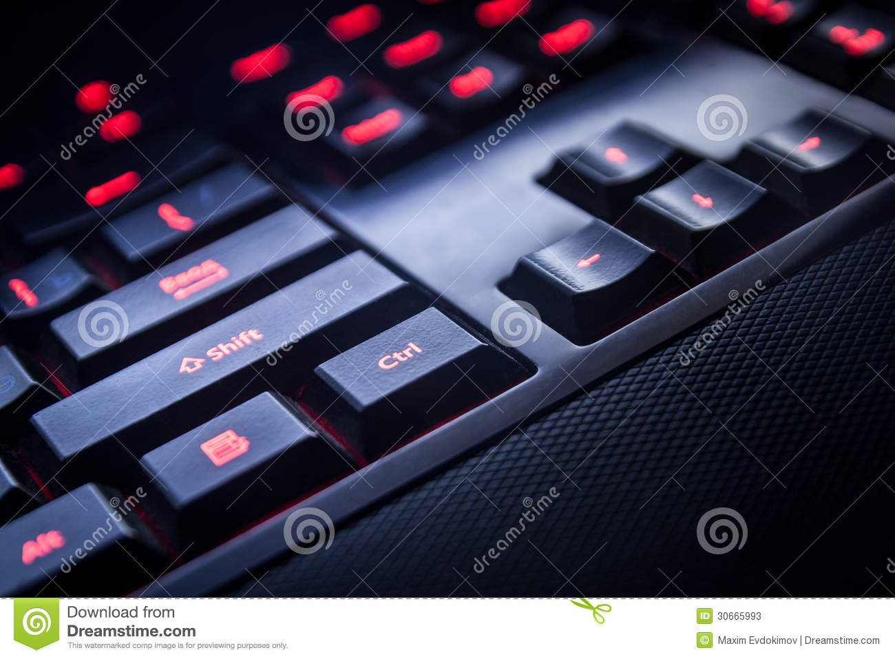Teclado do PC da opinião preta do close up da cor