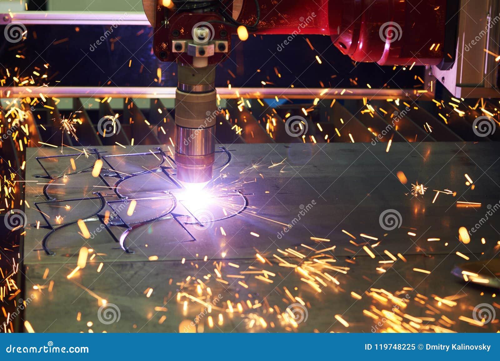 Tecnologia do corte do laser ou do plasma da chapa metálica lisa