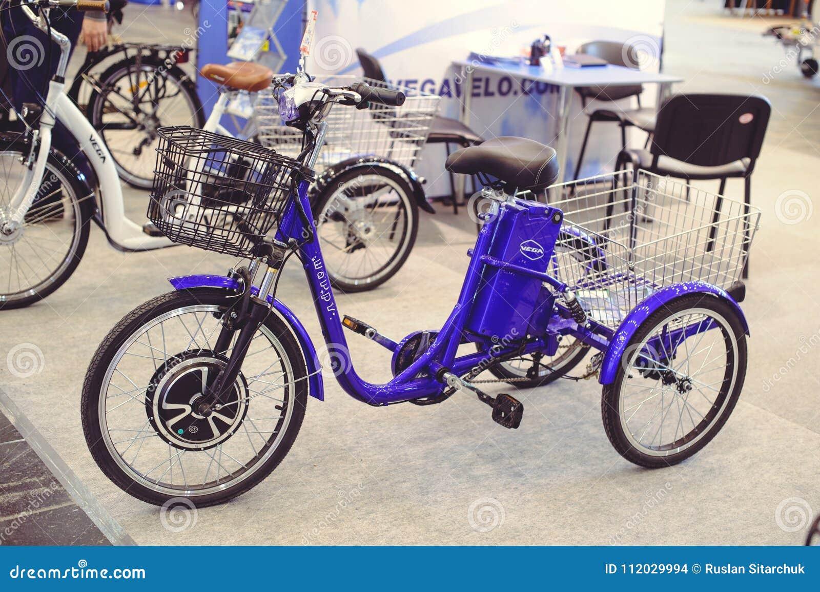 Tecnologie Moderne Della Bicicletta Elettrica Del Triciclo E